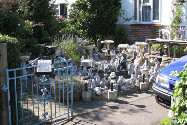 Garden Gnomes On Sale: File:Garden Gnomes For Sale, Lee Street, Horley