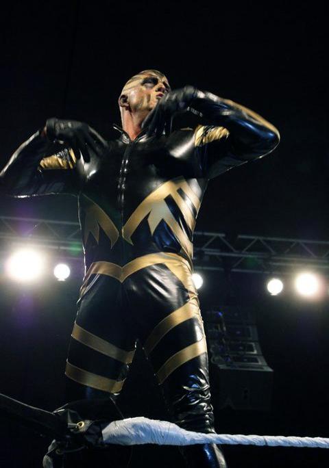 EAW DESDE PEKIN, CHINA - ROAD TO FULLY LOADED Goldust_WWE