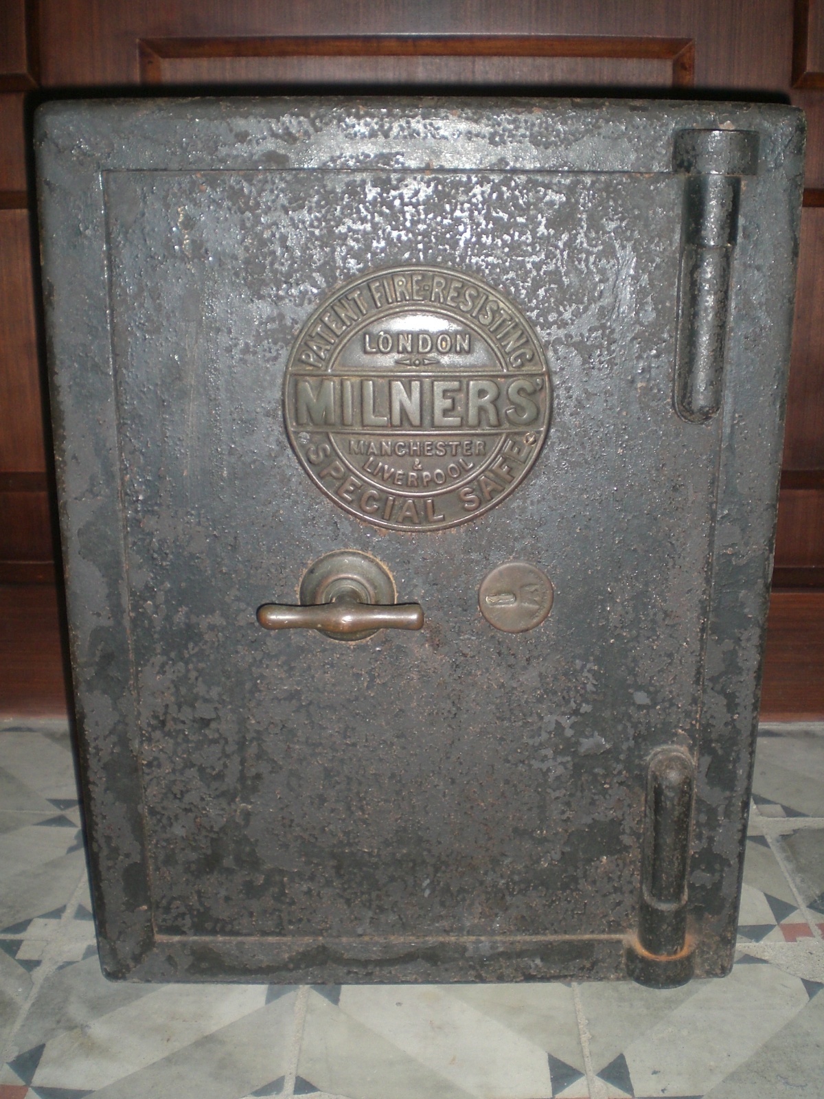 File:HK Museum of History London Milners Fire Resisting Safe
