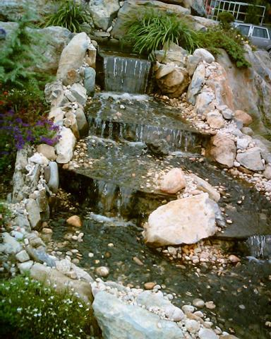 File:Home waterfall.jpg - Wikimedia Commons