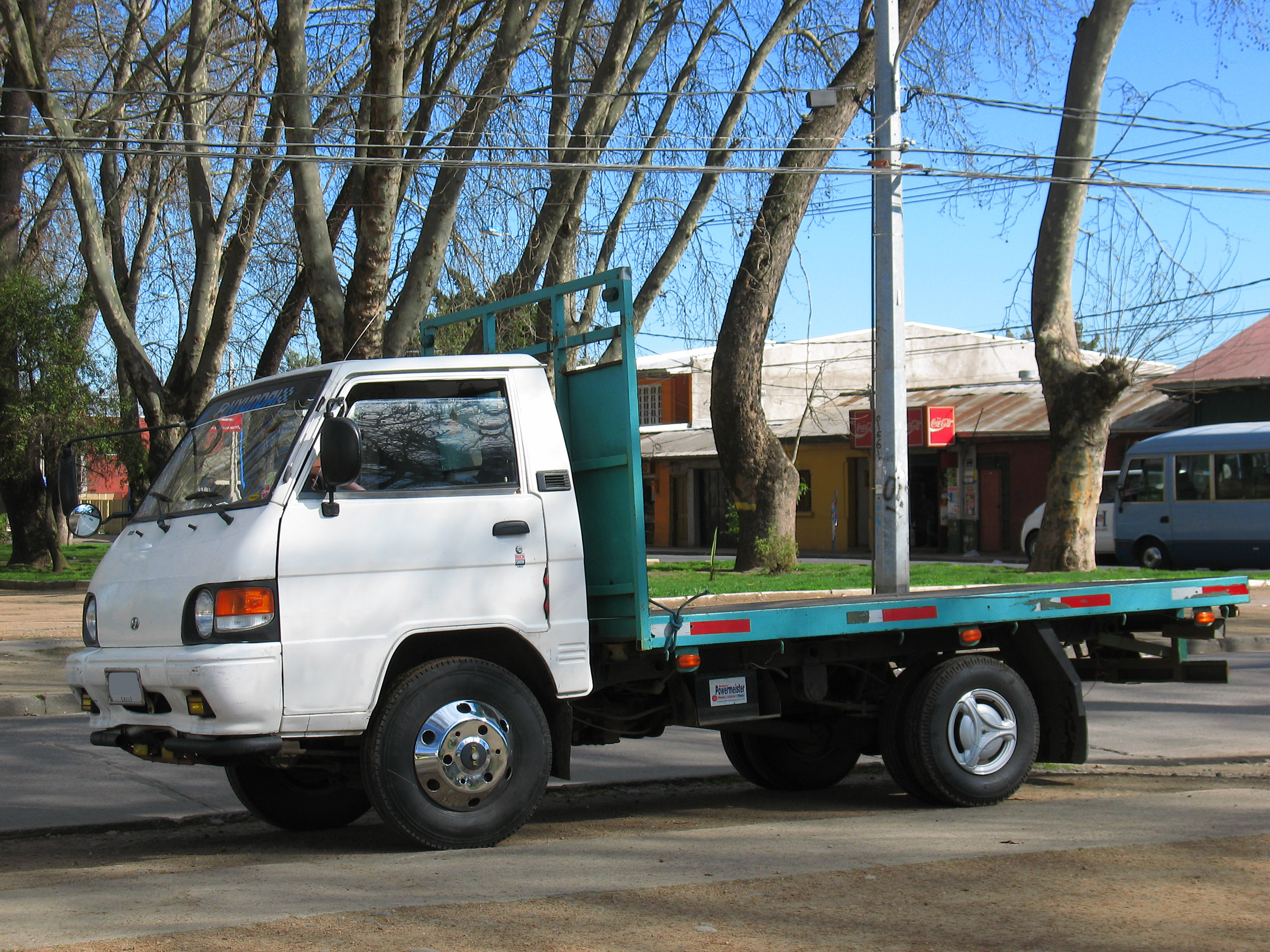 File:Hyundai H100 Porter 1996 (15792176472).jpg