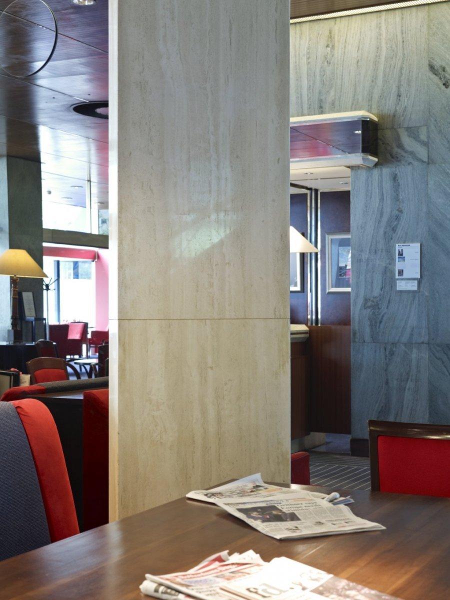 fileinterieur detail bekleding van kolom in hal rotterdam 20535276 rce