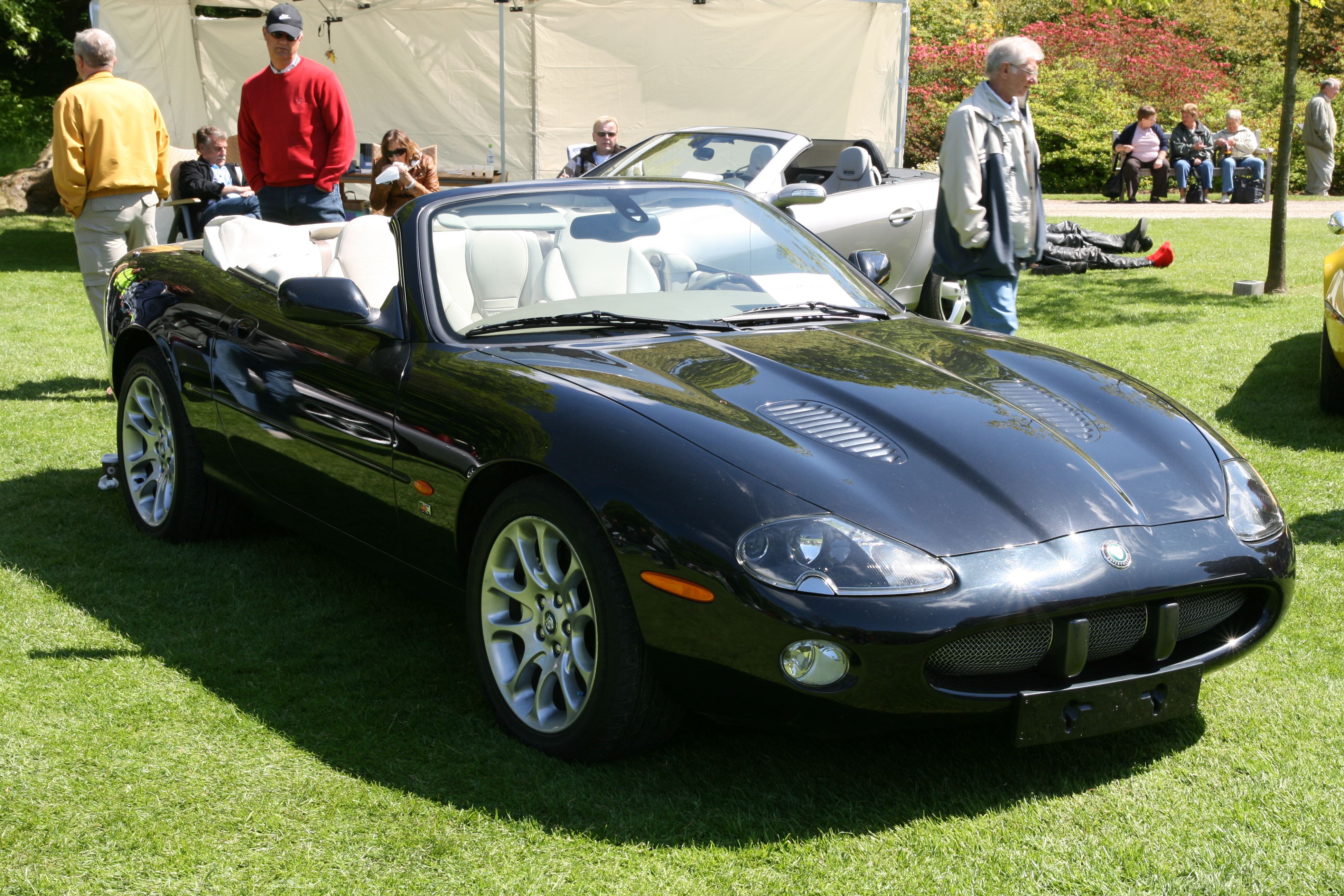 File:Jaguar XKR Convertible Front Right