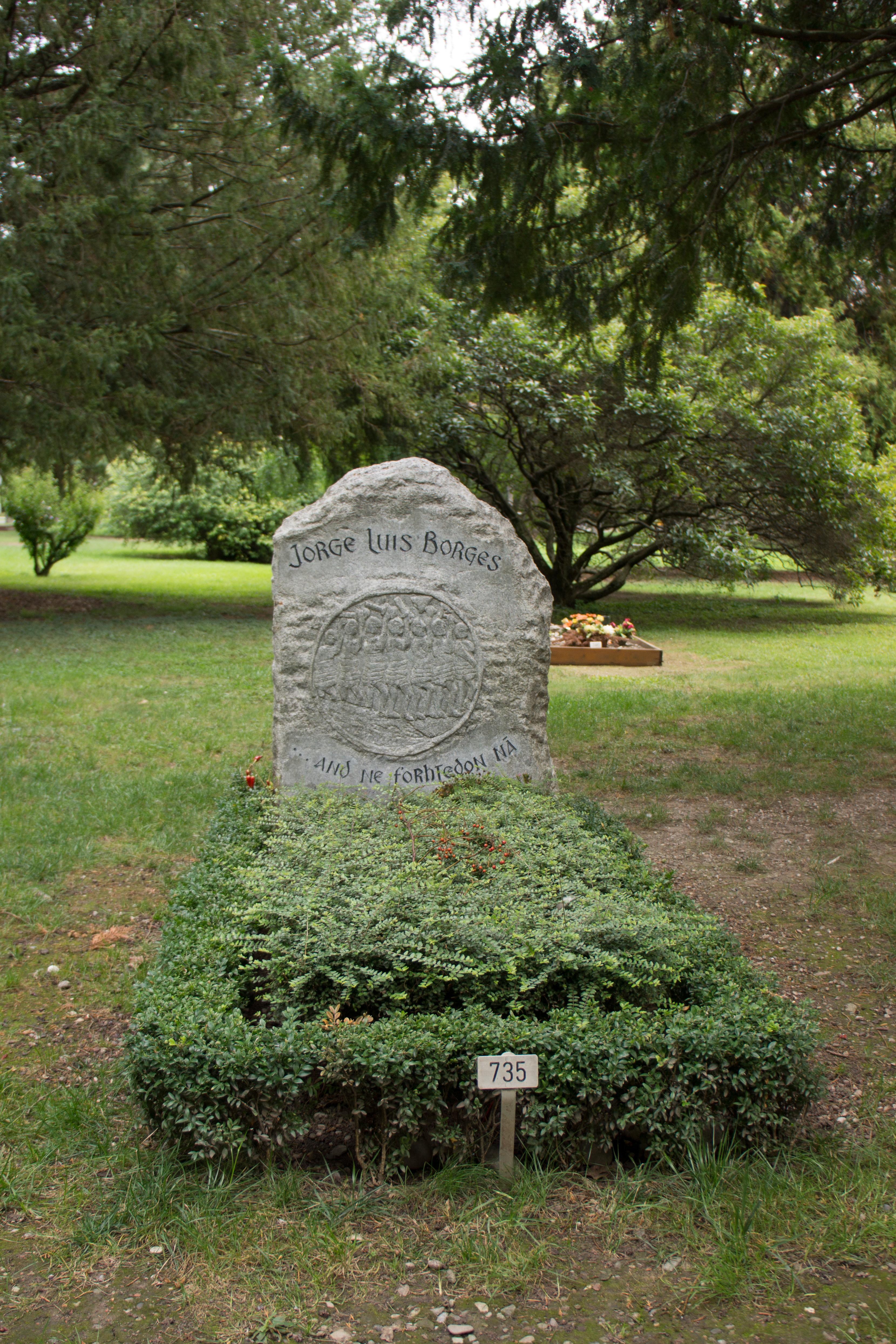 Jeho hrob v Ženevě ('Cimetière des Rois').