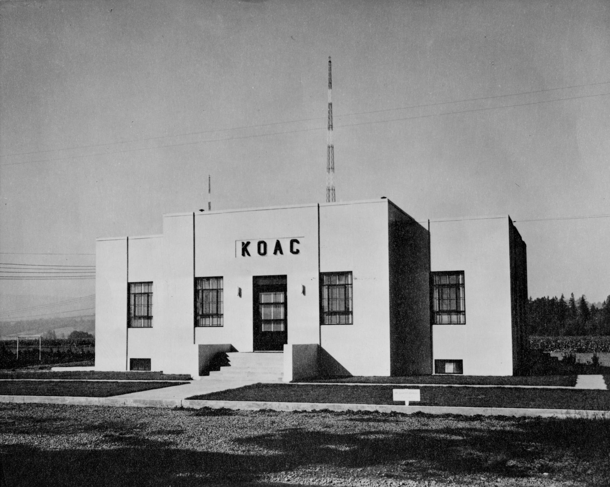 KOAC Radio building, circa 1941