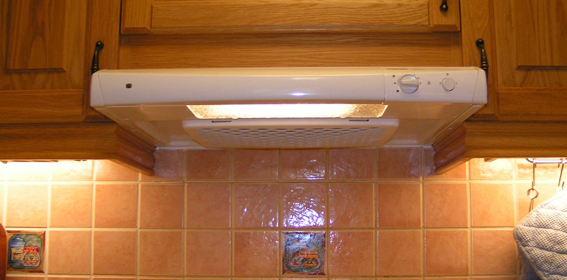 Cook bathroom exhaust fans - Kitchen Exhaust Fan To Be More Precise A Kitchen Hood Exhaust Fan
