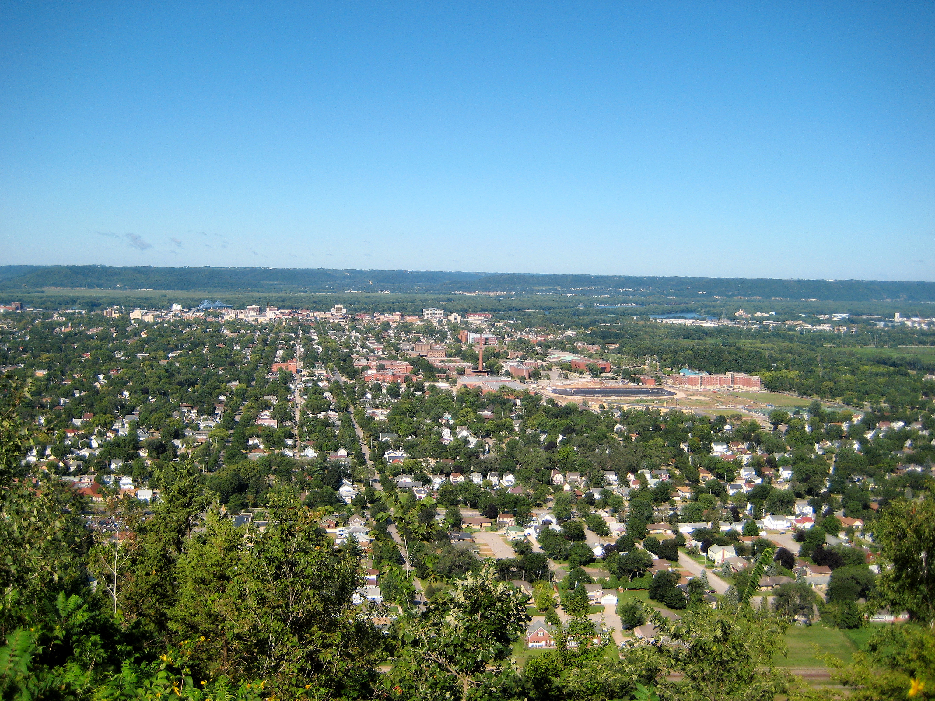 La Crosse (Wisconsin) by Laura Godden and Paul Beck 2015 Postcard History Series