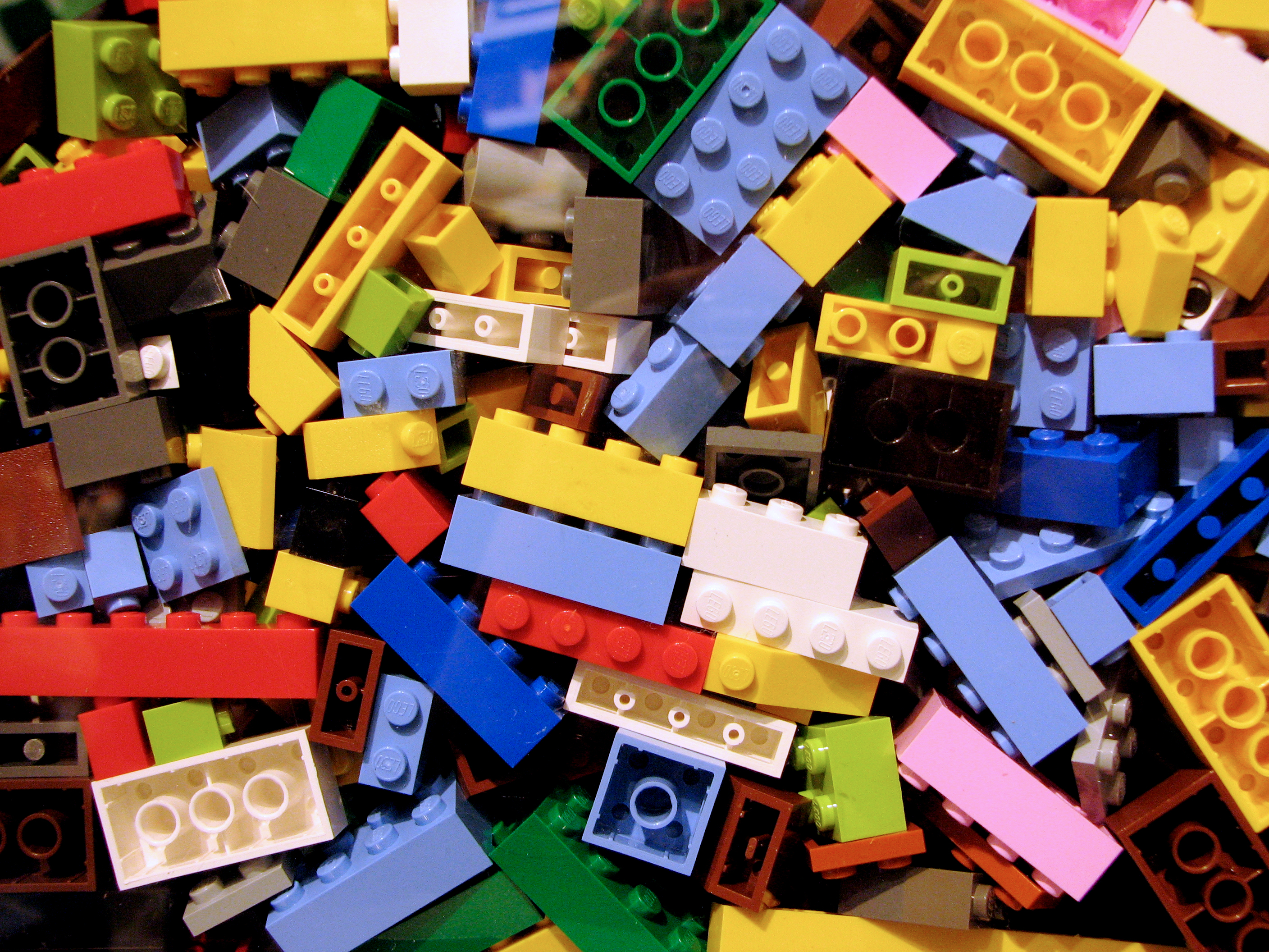 File:Lego bricks.jpg - Wikimedia Commons