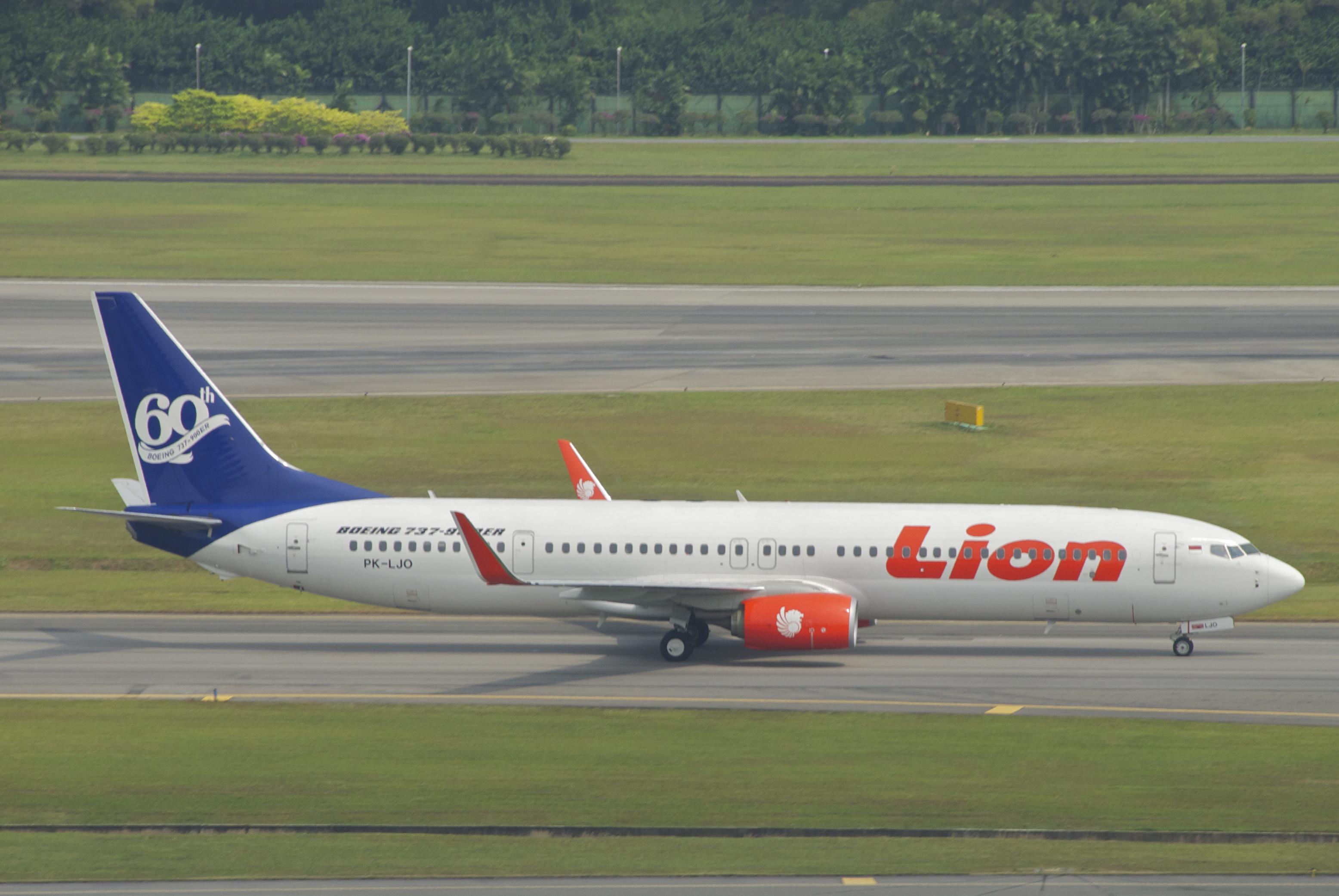 File:Lion Air Boeing 737-900ER; PK-LJO@SIN;02.08.2012