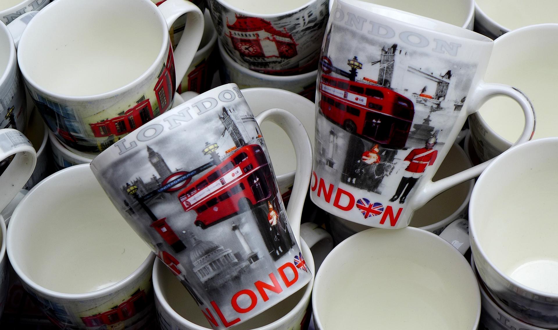 Suveniri - Page 2 London_souvenirs_
