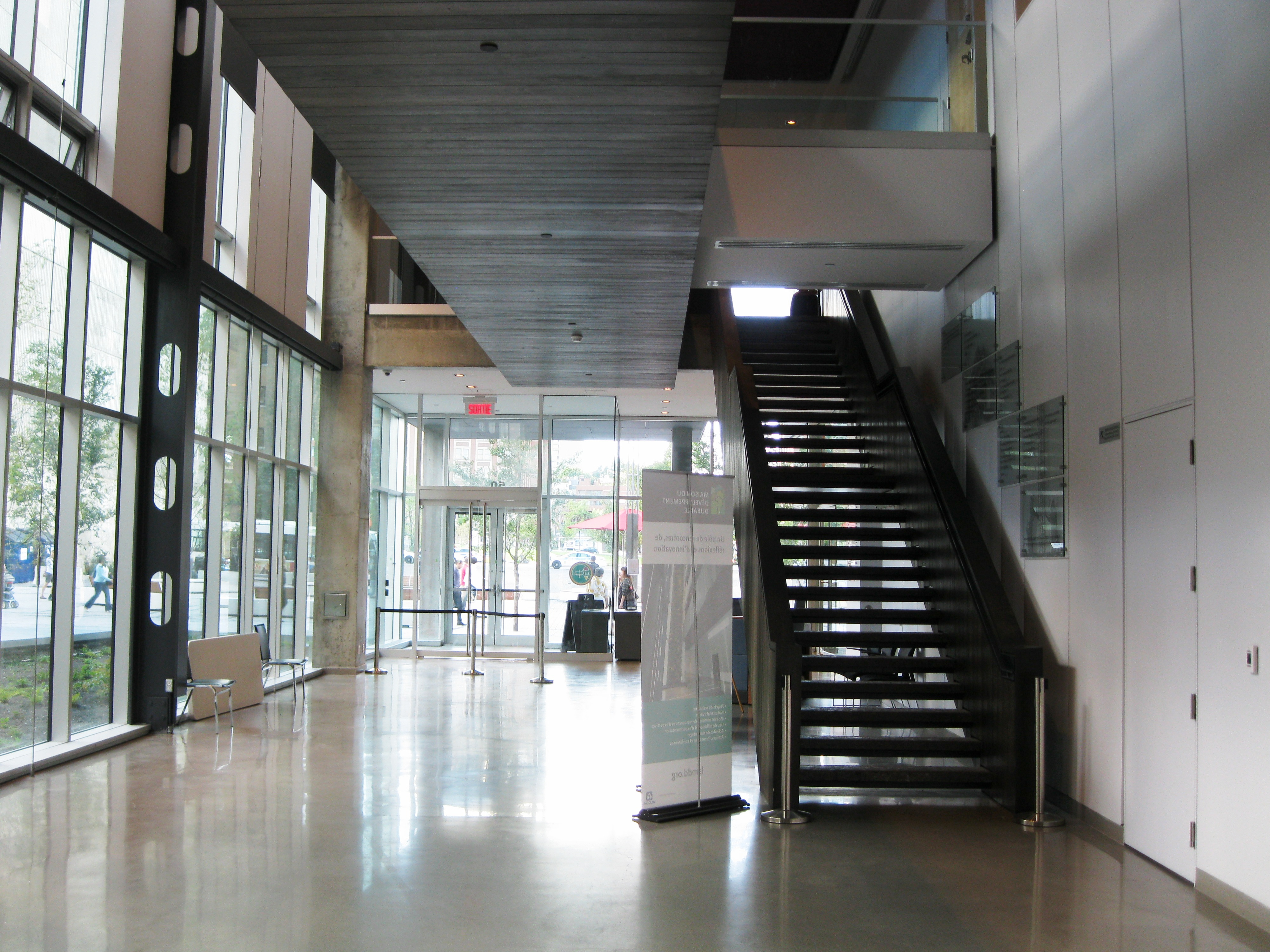 File maison du developpement durable wikimedia commons - Maison du developpement durable ...