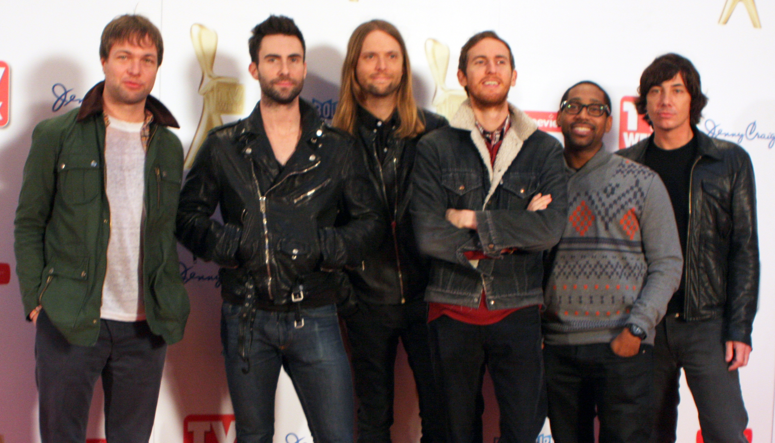 File:Maroon 5, 2011.jpg - Wikimedia Commons