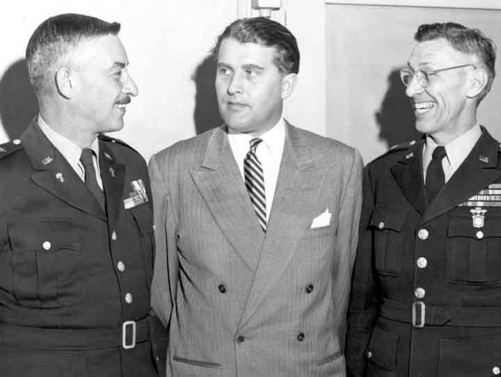 (l–r:) RSA commander Maj. Gen. John Medaris, Wernher von Braun, and RSA deputy commander Brig. Gen. Holger Toftoy in the 1950s