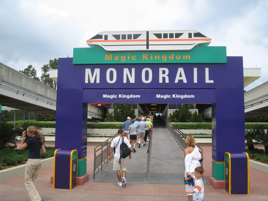 Walt Disney World monorail transportation