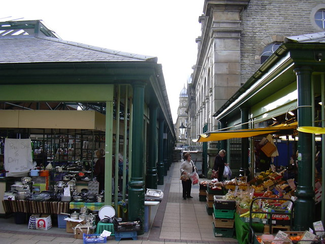 Outdoor Market - geograph.org.uk - 1000735