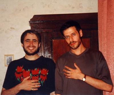 В. Тихонов и Ю. Ханон, Санкт-Петербург, 2000