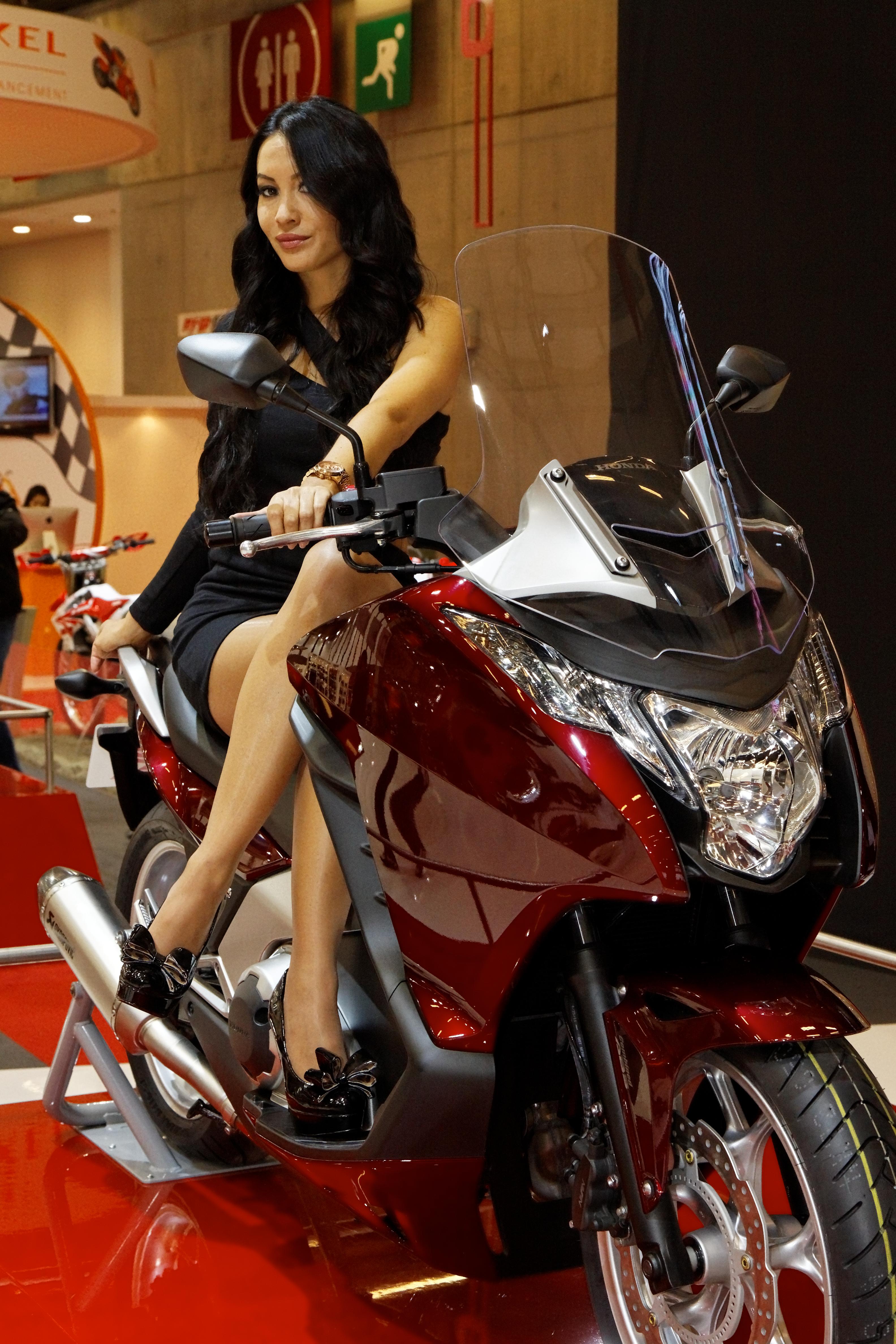 File paris salon de la moto 2011 honda integra 001 for Salon ce paris