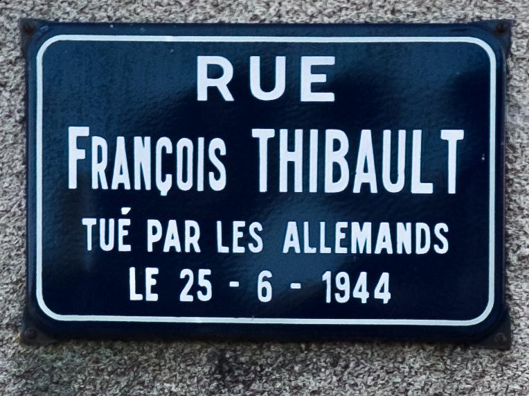 Rue François Thibault, Planchez, Département Nièvre, Bourgogne-Franche-Comté, France