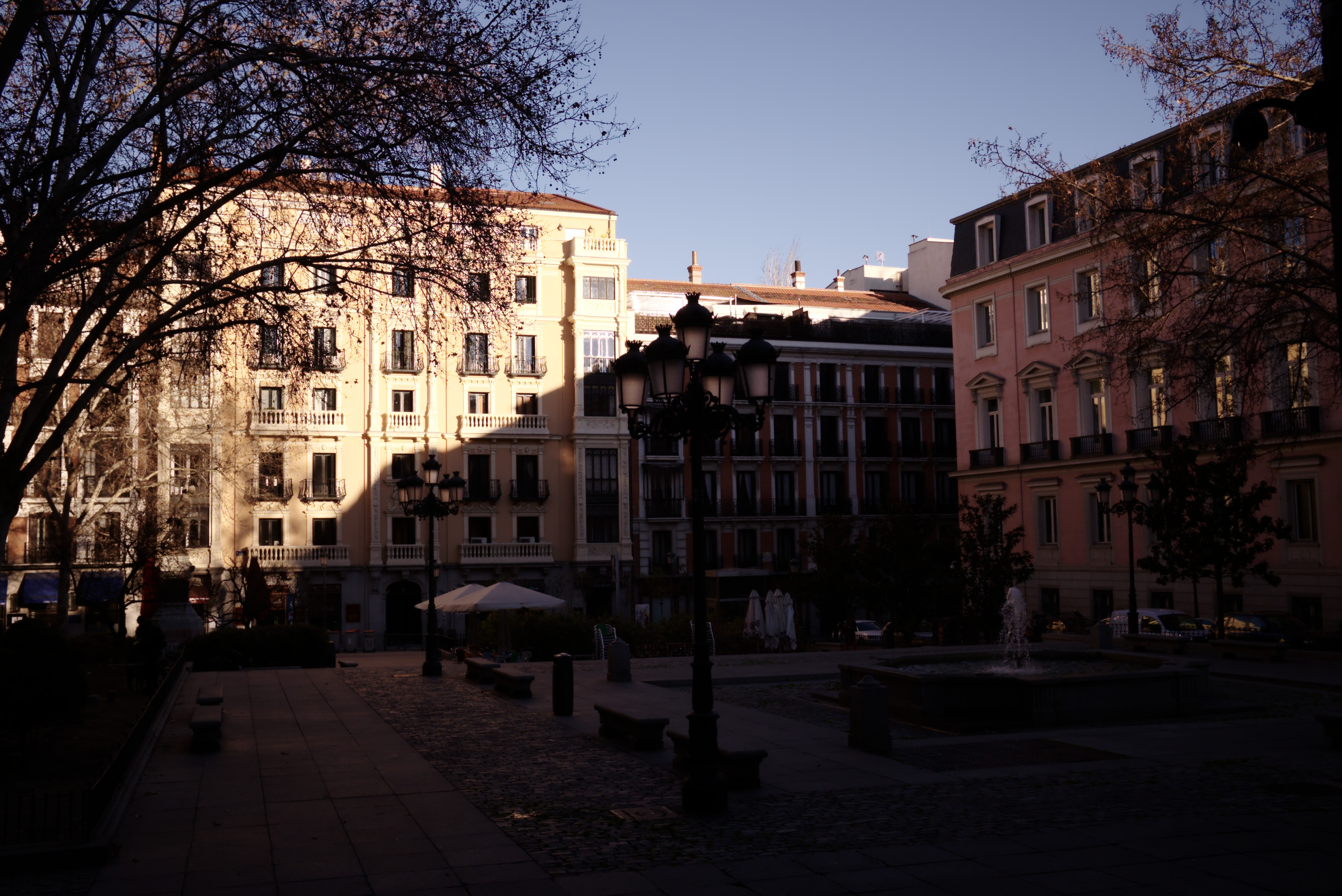 File Plaza Del Rey Madrid 24755650860 Jpg Wikimedia Commons
