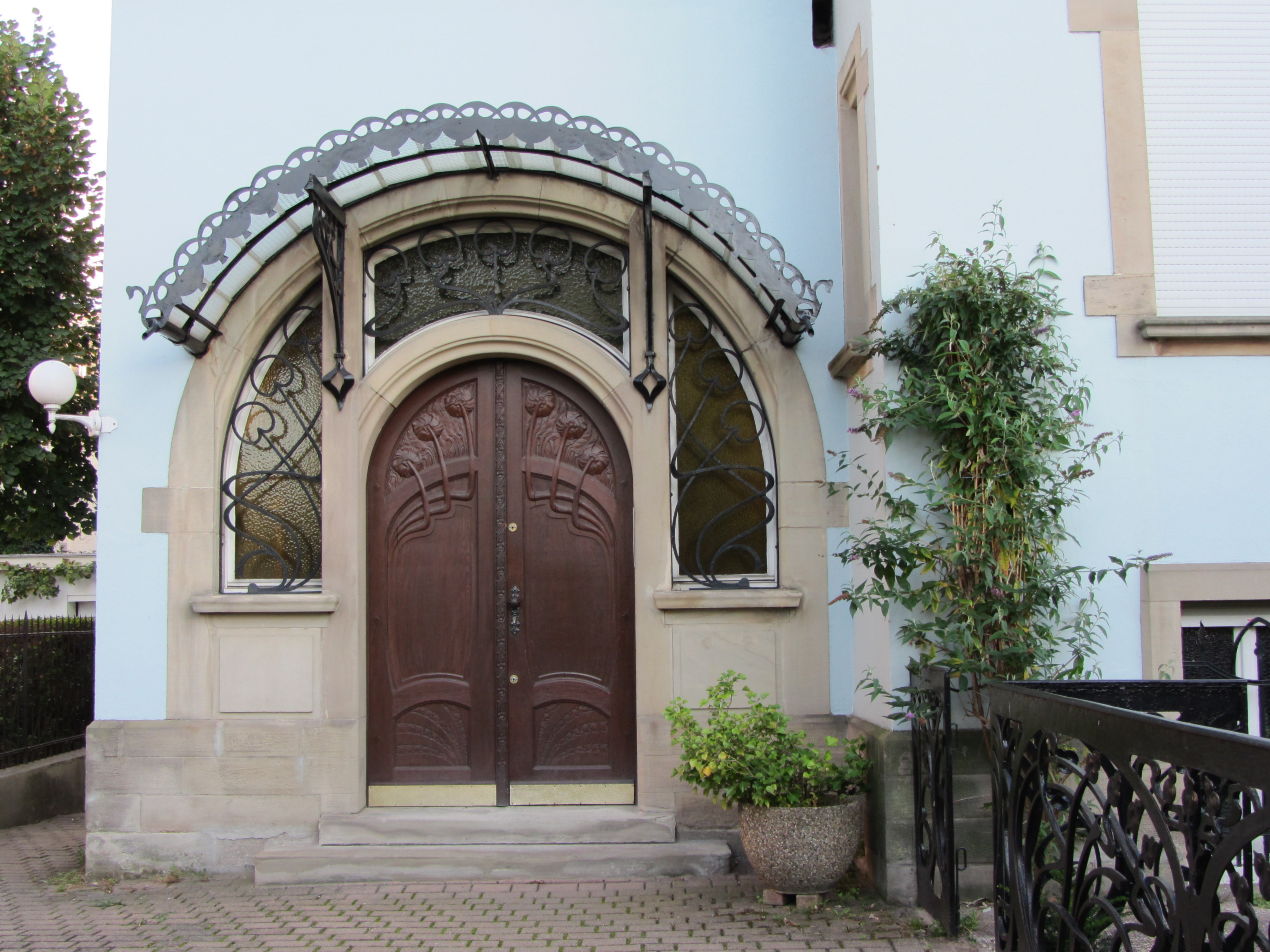 File porte d 39 entr e villa au 4 rue erckmann chatrian for Decoration porte entree villa
