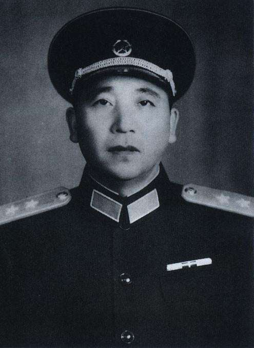 Qin Jiwei Chinese general