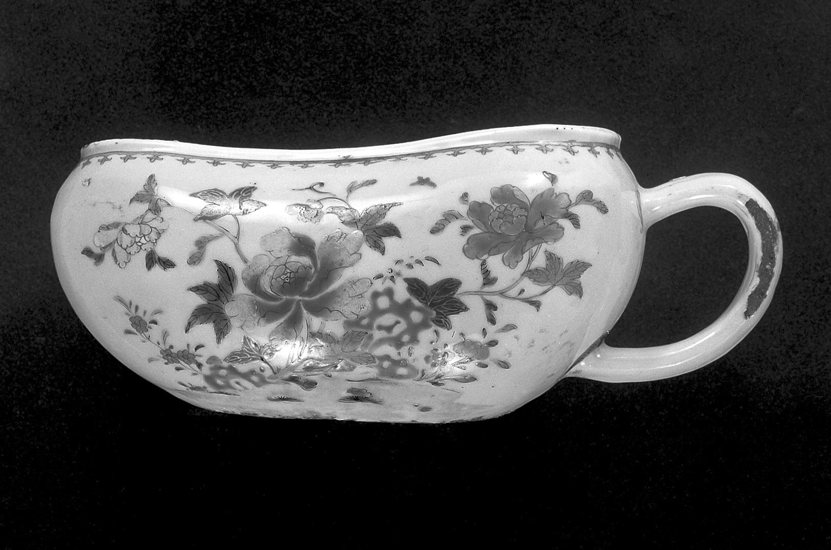 file registered as urinoir pottery famille rose floral design wellcome. Black Bedroom Furniture Sets. Home Design Ideas