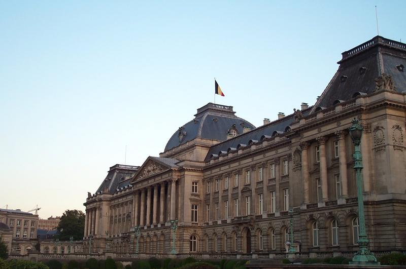 Bestand:Royal Palace Brussels.jpg