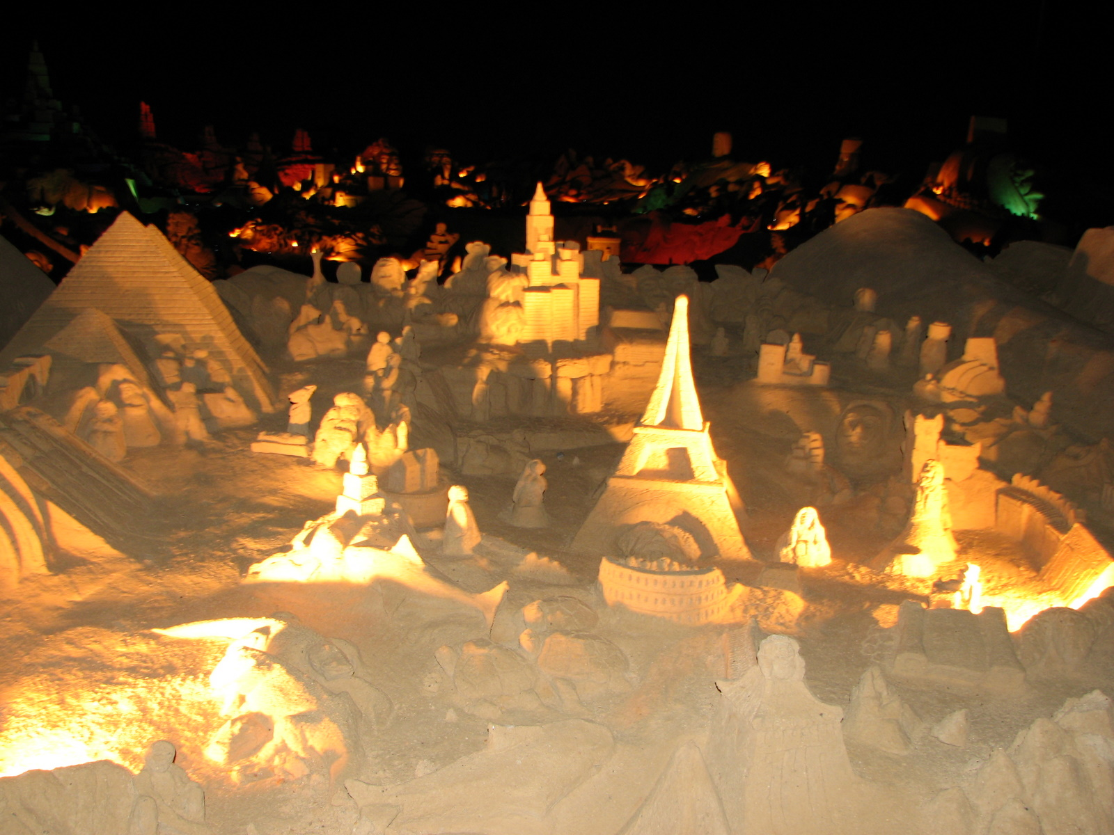File sand sculptures fiesa wonders of the world