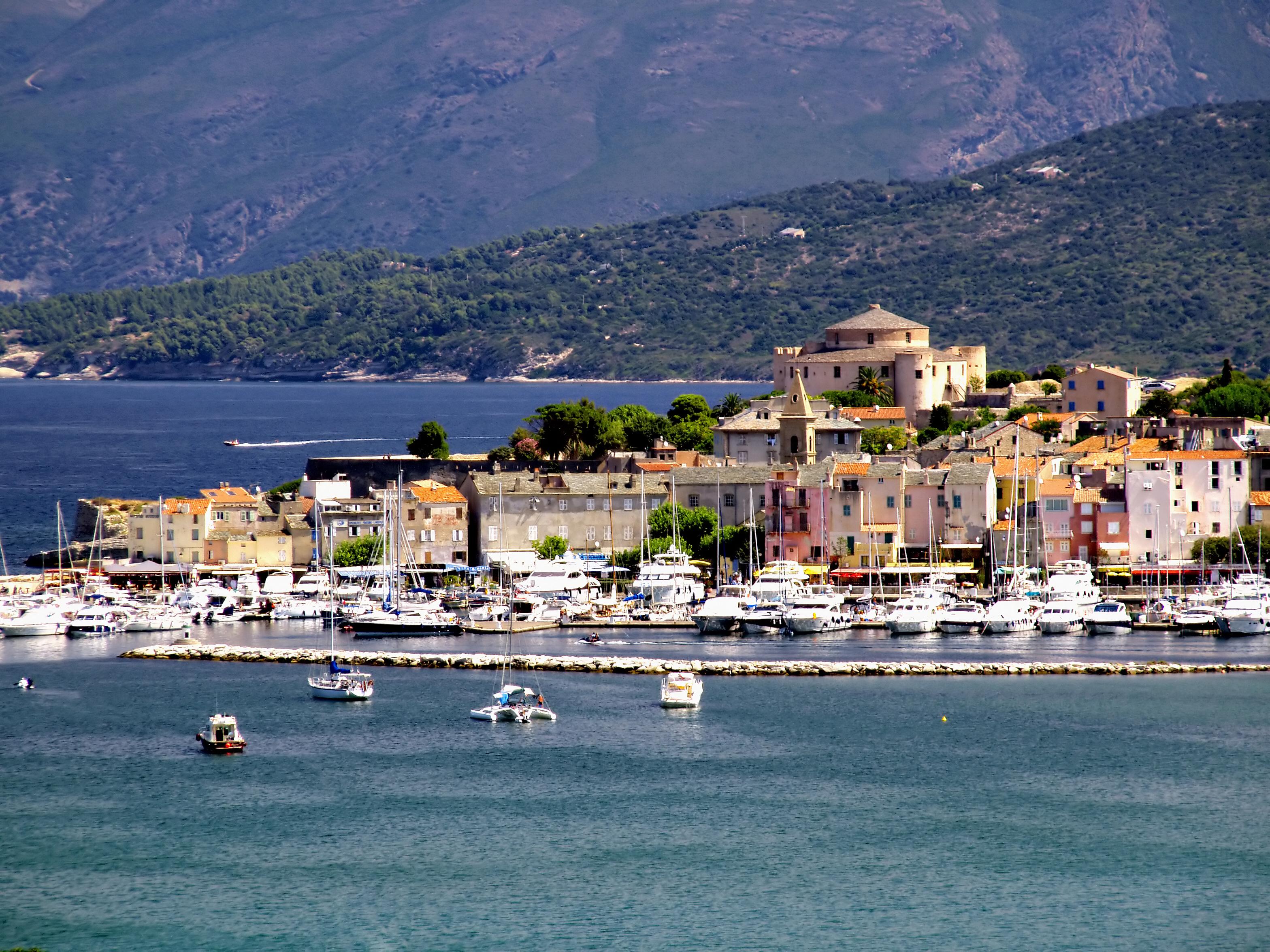 Saint-Florent France  city photo : de Bastia Saint Florent se situe au fond du golfe de Saint Florent ...