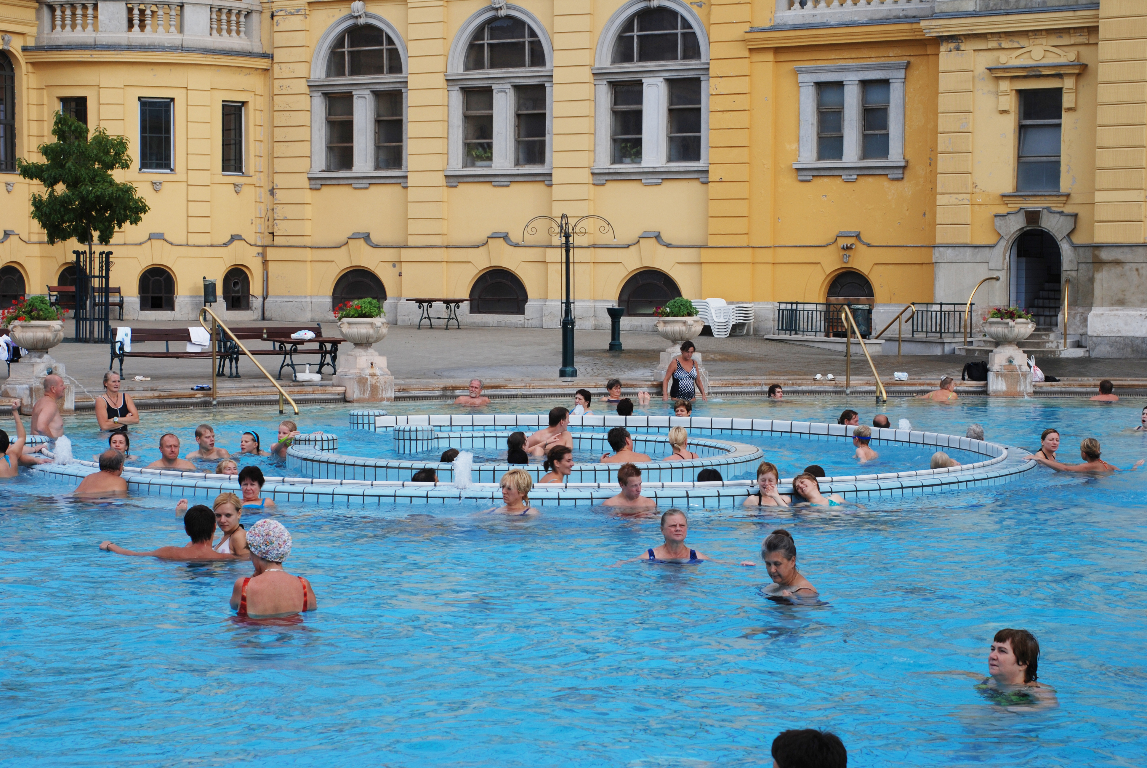 File sz chenyi gy gyf rd thermal spa in budapest 009 jpg for A list salon budapest
