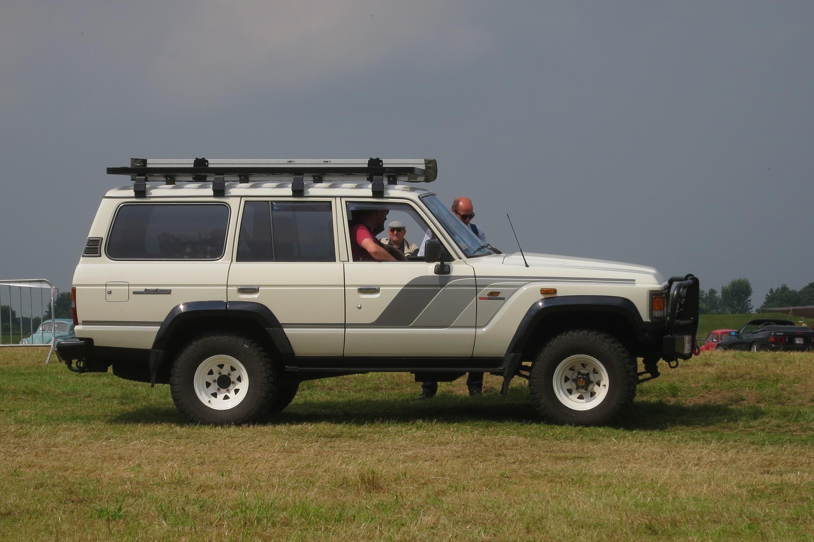 מגניב ביותר רכב שטח – ויקיפדיה QI-54