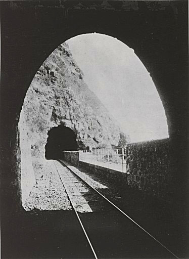 Fichier: Tunnel-Saint-Denis-Georgi.jpg