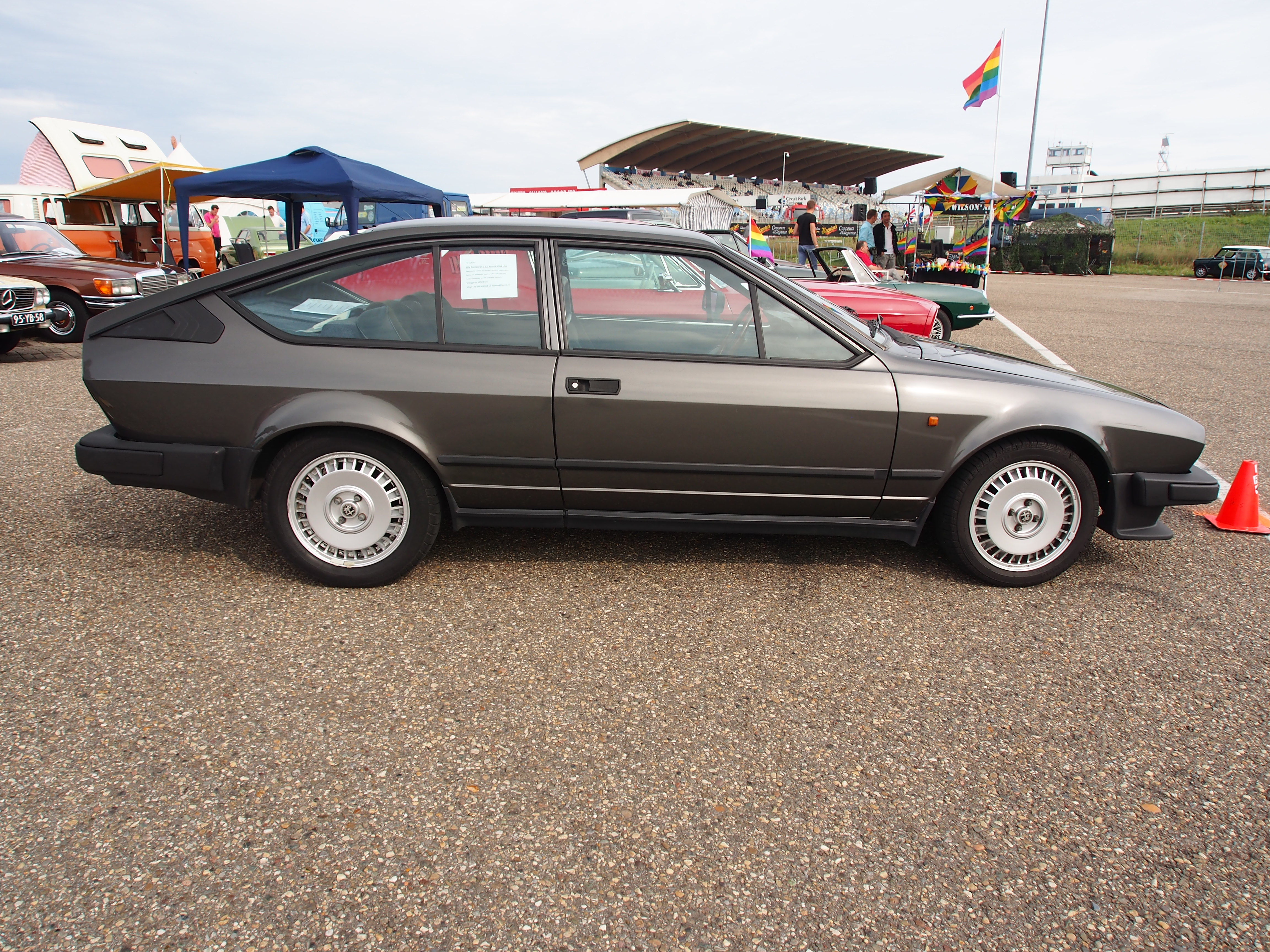 File:1984 ALFA ROMEO GTV2.0, licence 09-PZV-1, pic3.JPG - Wikimedia ...