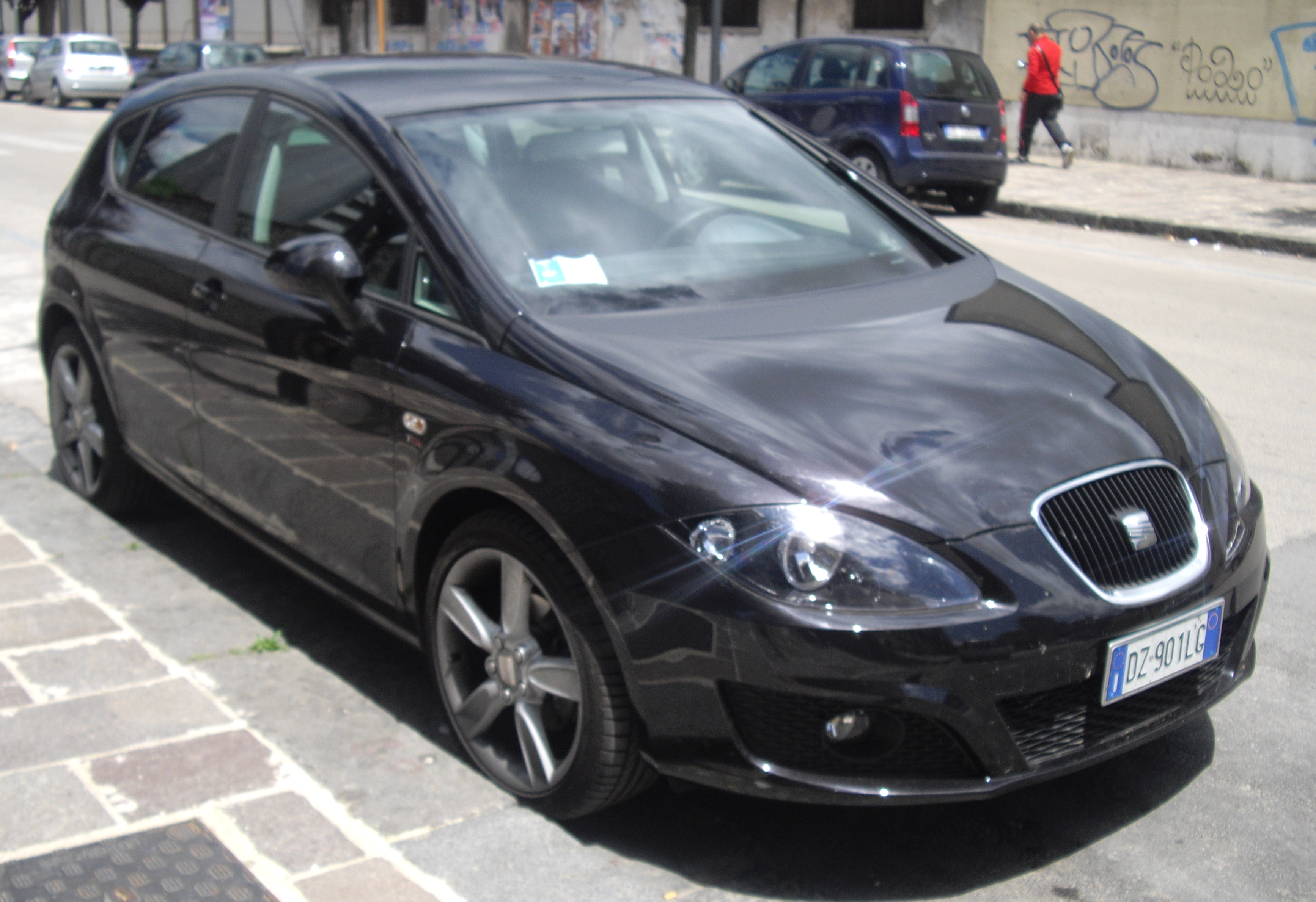 file 2010 seat leon facelift front jpg wikimedia commons. Black Bedroom Furniture Sets. Home Design Ideas