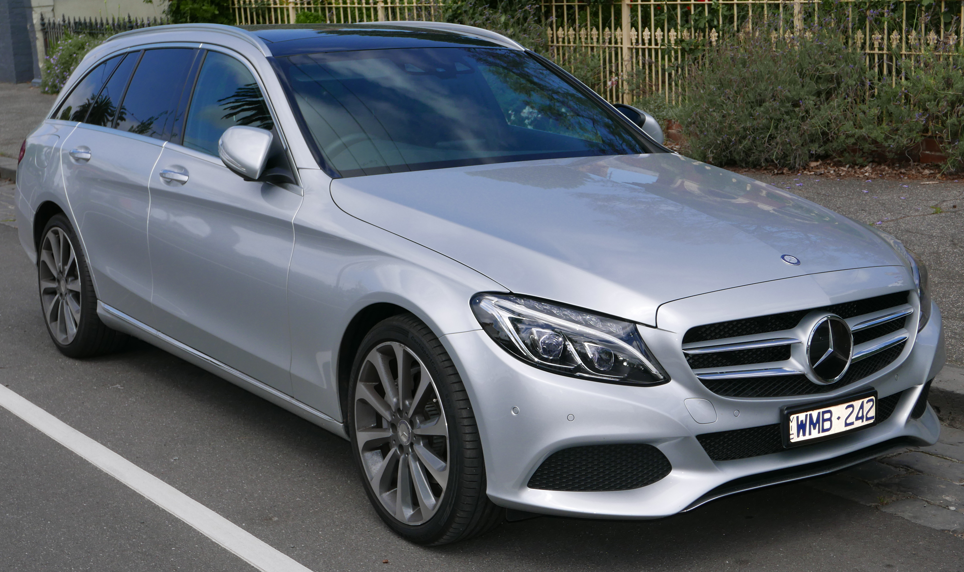 file 2014 mercedes benz c 250 s 205 station wagon 2015 11 13 wikimedia commons. Black Bedroom Furniture Sets. Home Design Ideas