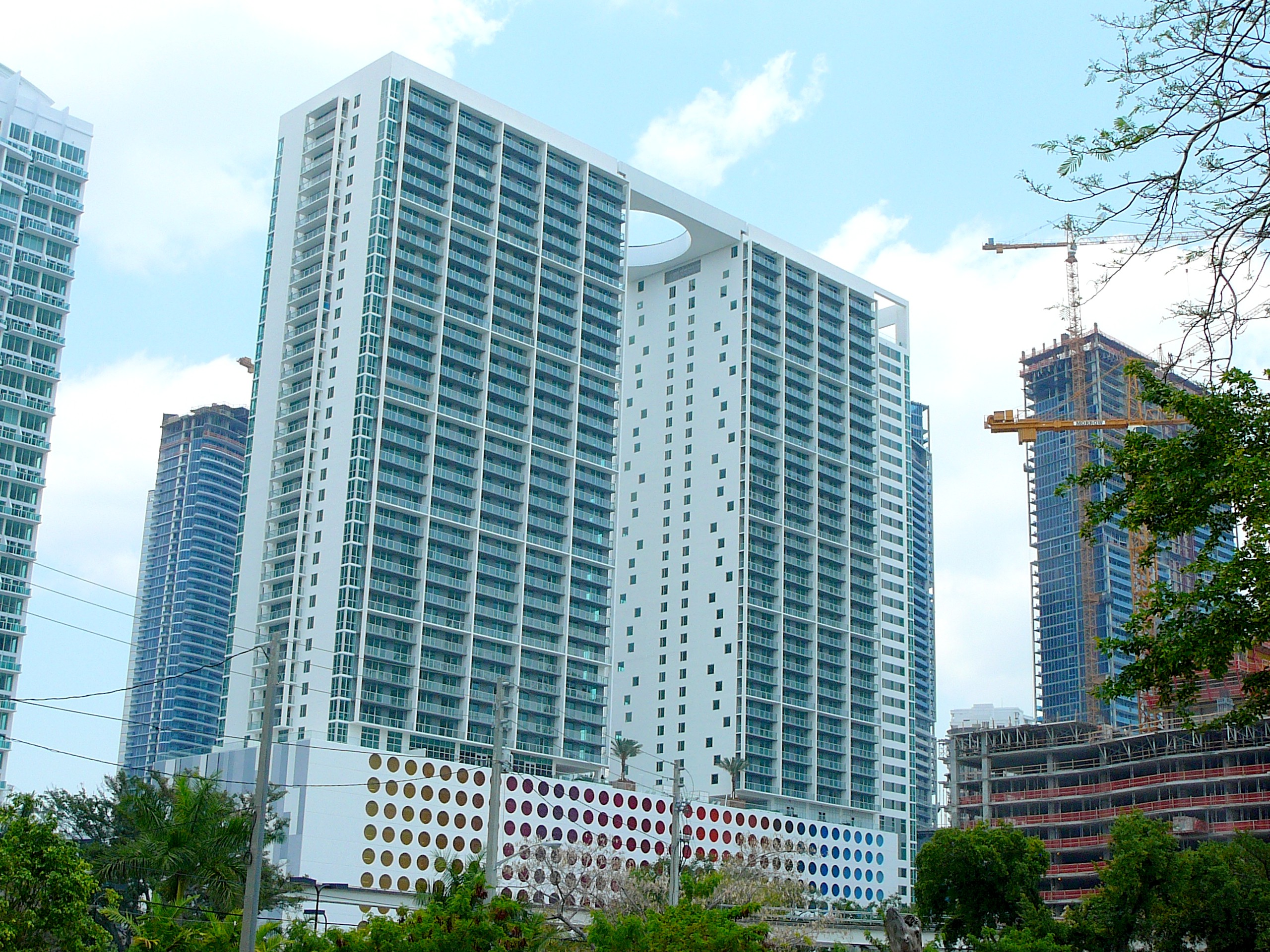 500_Brickell_southwest.jpg