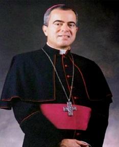 Roberto González Nieves Franciscan friar and archbishop