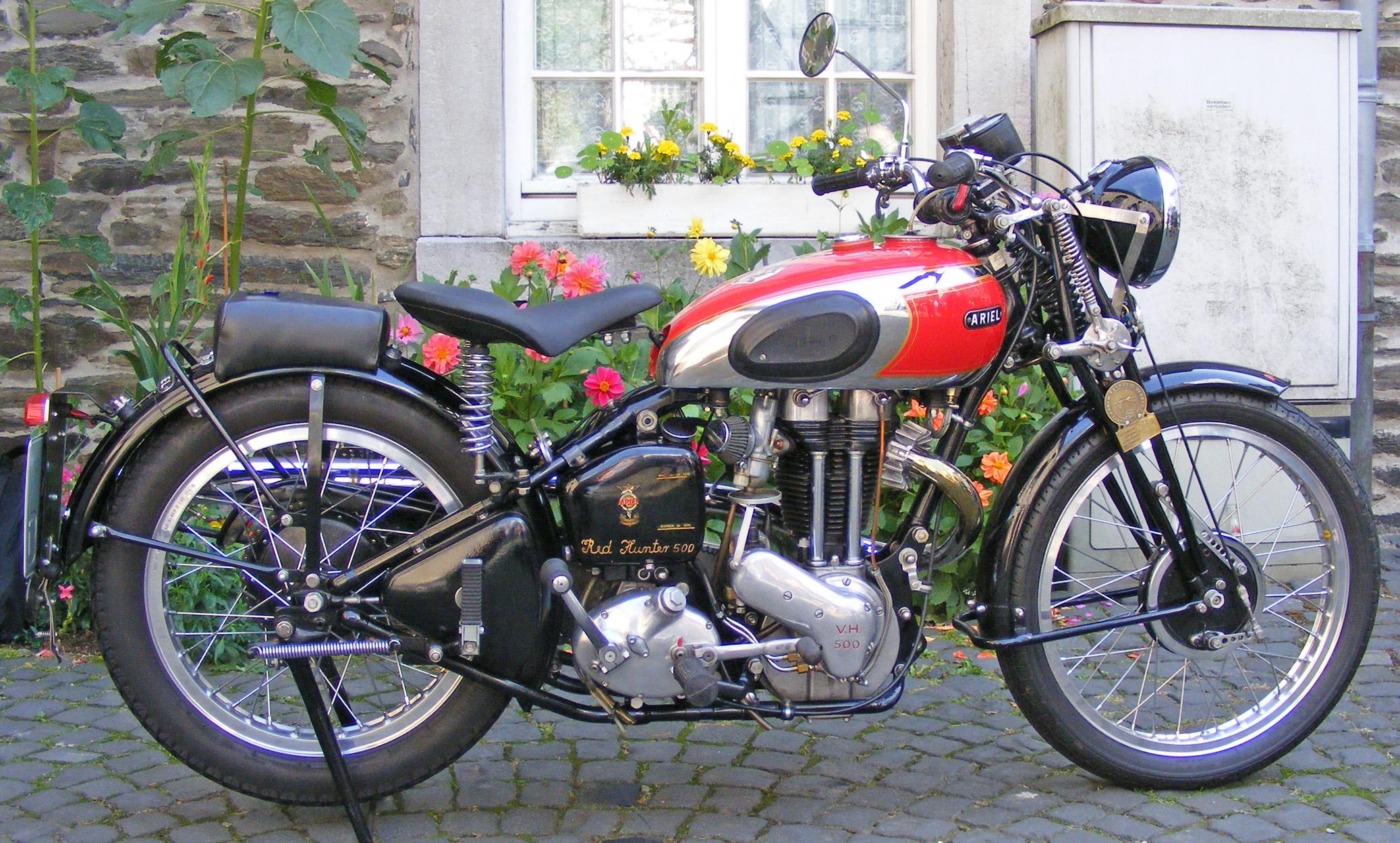 Ariel Motorrad Dating