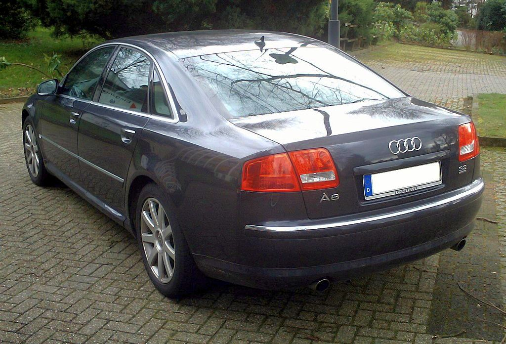 File Audi A8 Side Jpg Wikimedia Commons