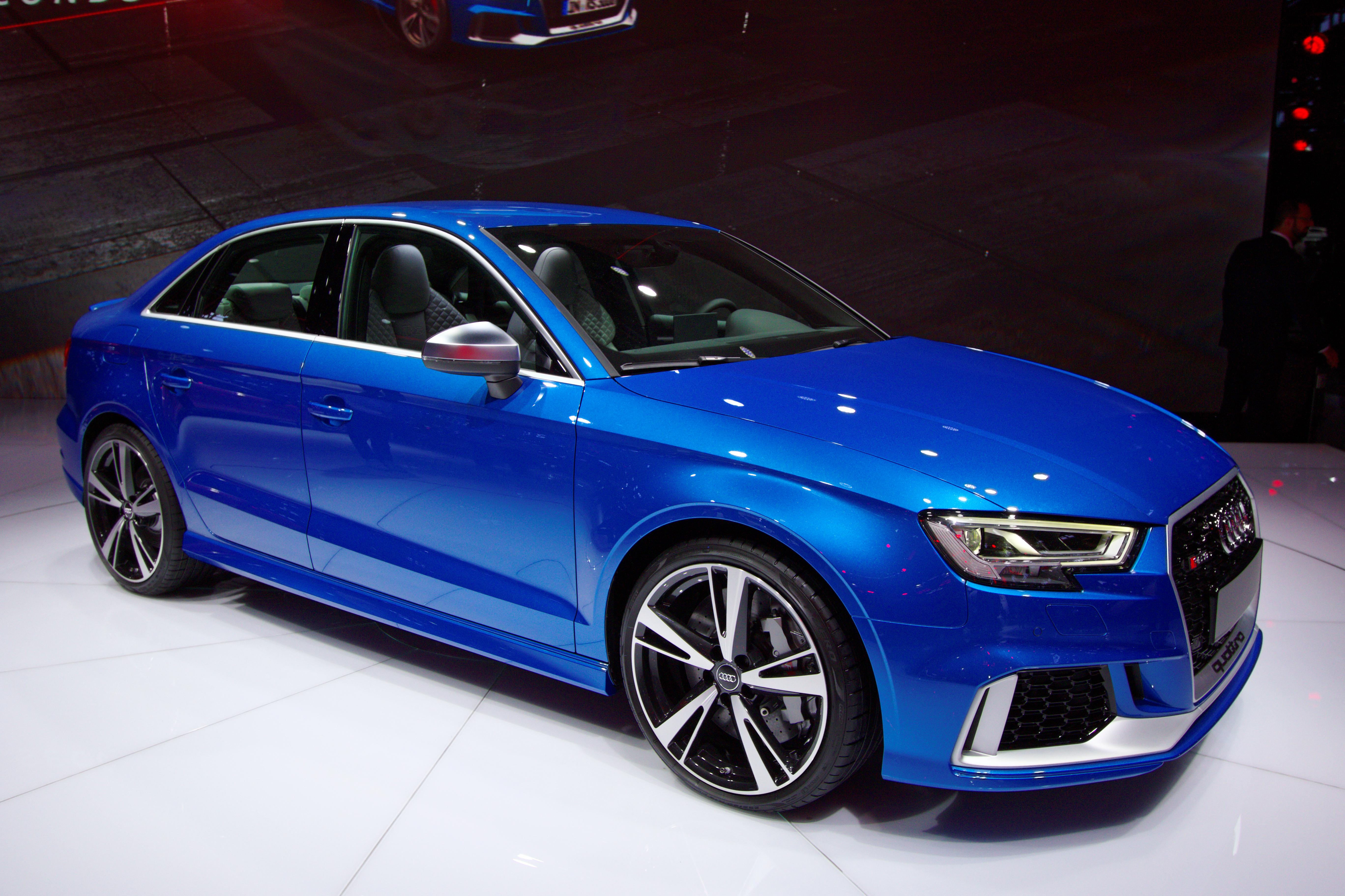 Audi rs 3 mondial de l automobile de paris 2016 002 jpg