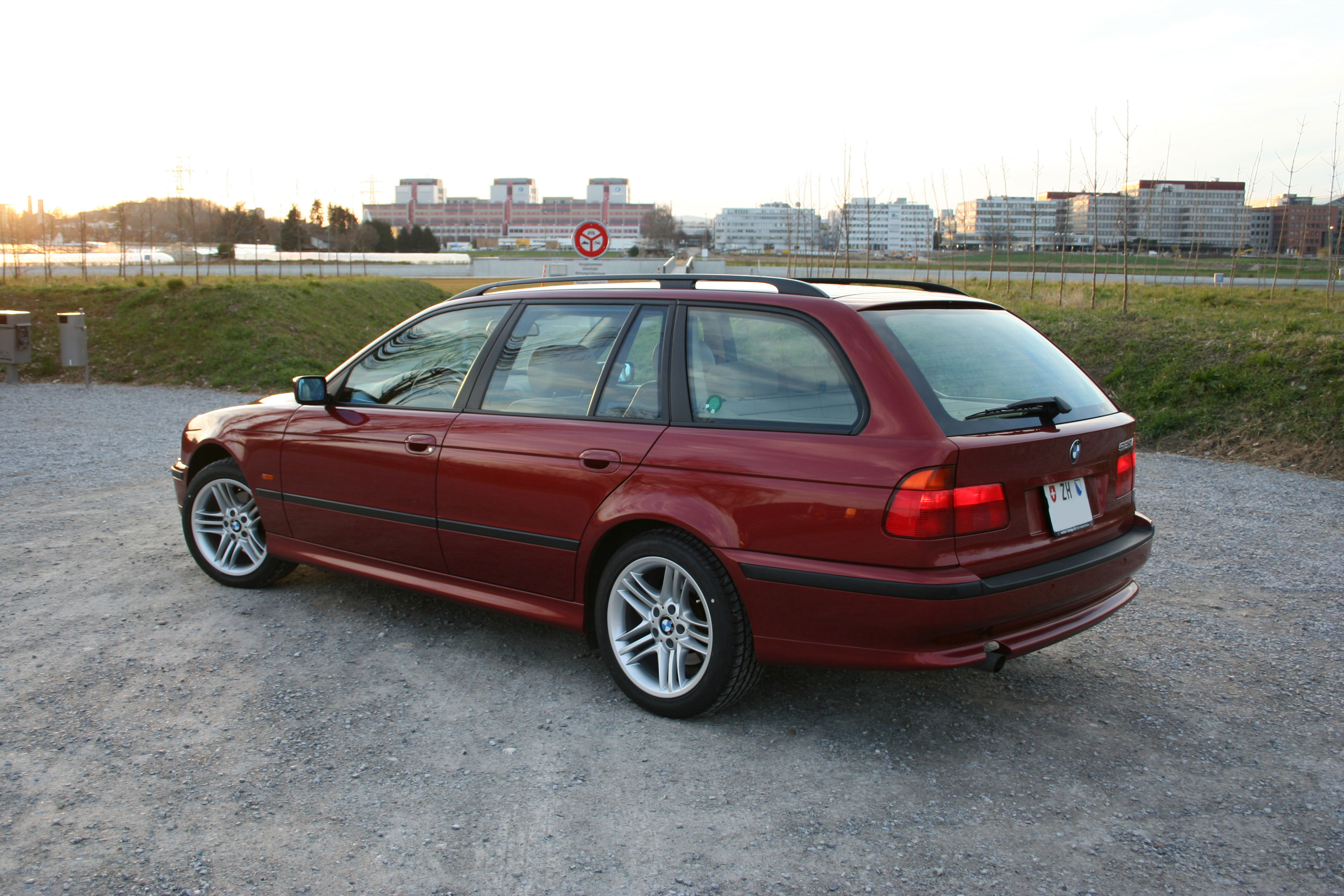 file bmw e39 touring siena rot 1 jg 2000 jpg wikimedia commons. Black Bedroom Furniture Sets. Home Design Ideas