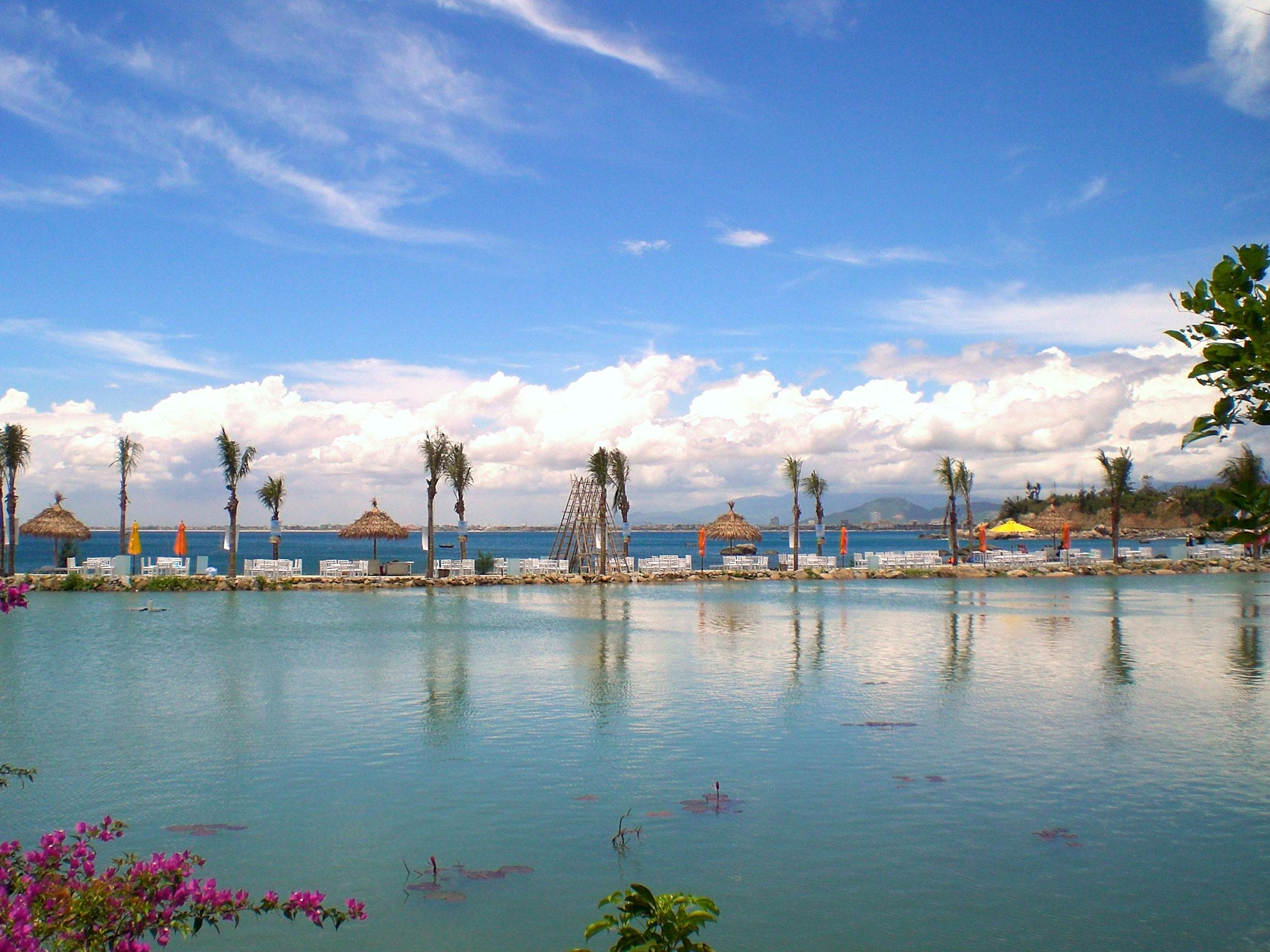 Da Nang Vietnam  City pictures : Description Bai but Resort, Da Nang, Vietnam