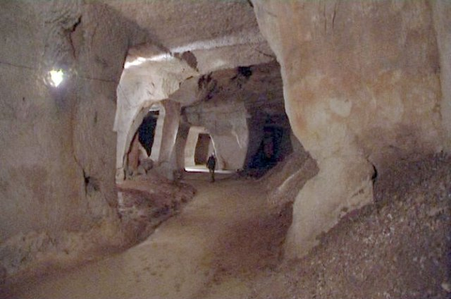 Beer Quarry Caves - Wikipedia