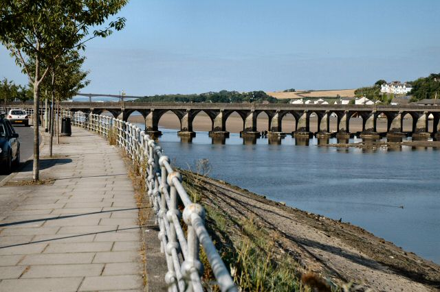 File:Bideford Old Bridge - geograph.org.uk - 36235.jpg