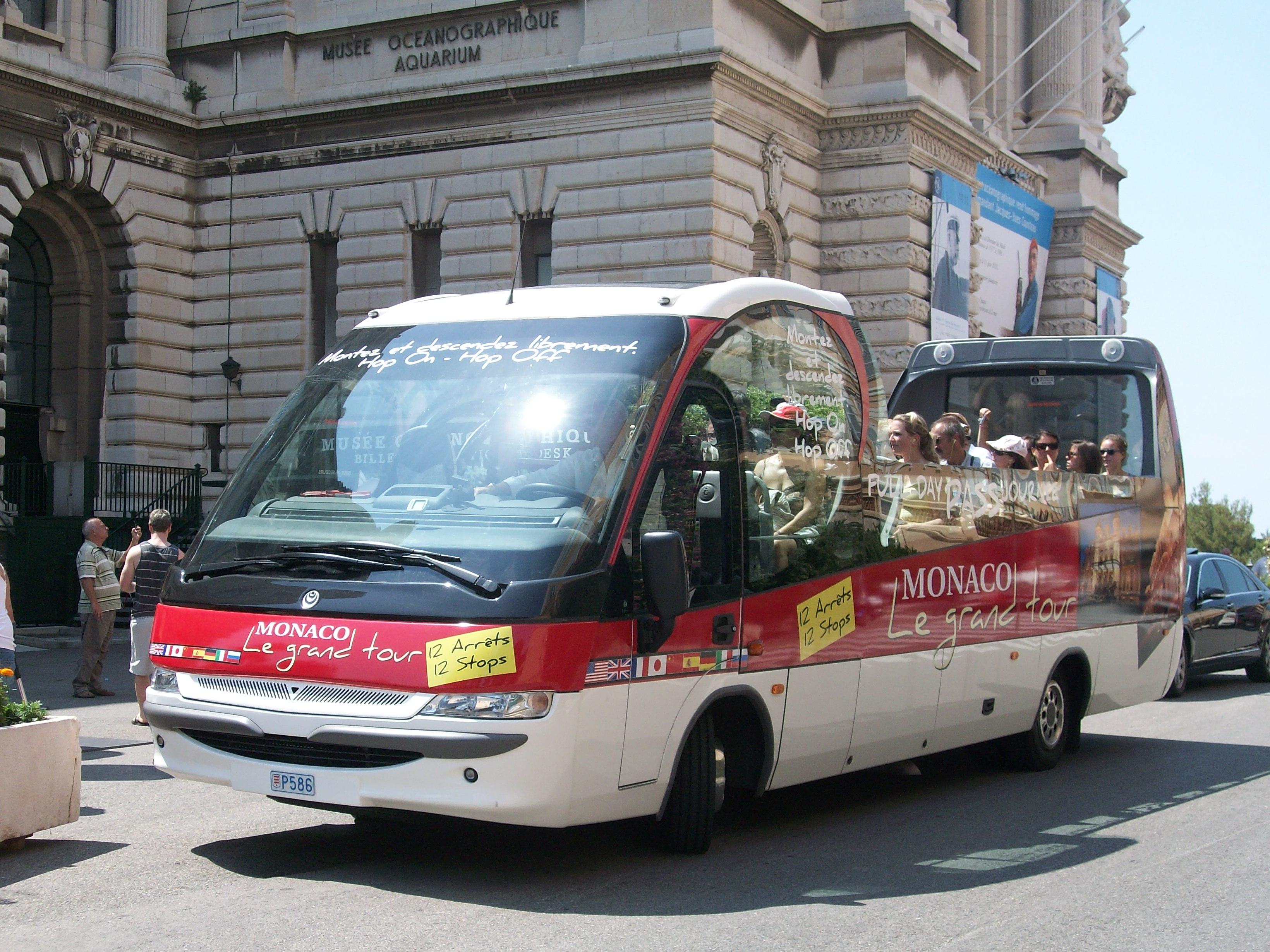 Mini Bus Tour Inis Mor