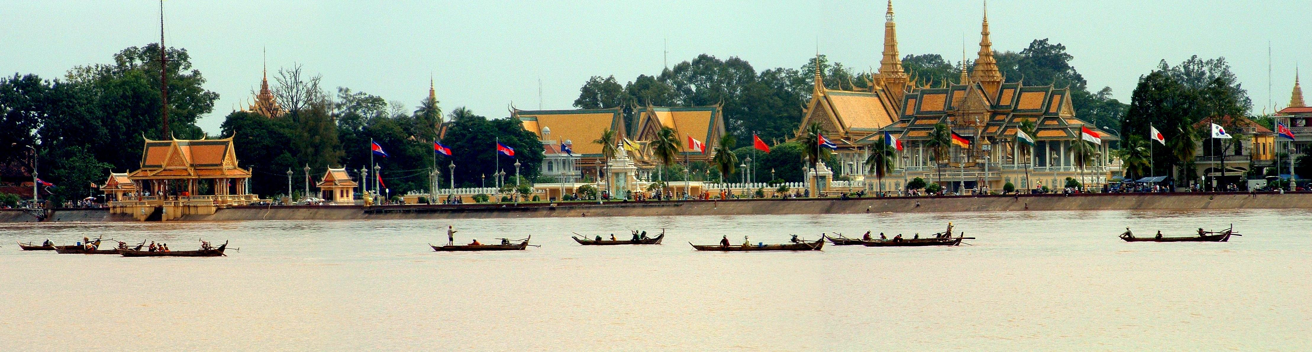 Cambodia, Phnom Penh, Royal Palace as seen from acros Tonle Sap River.jpg