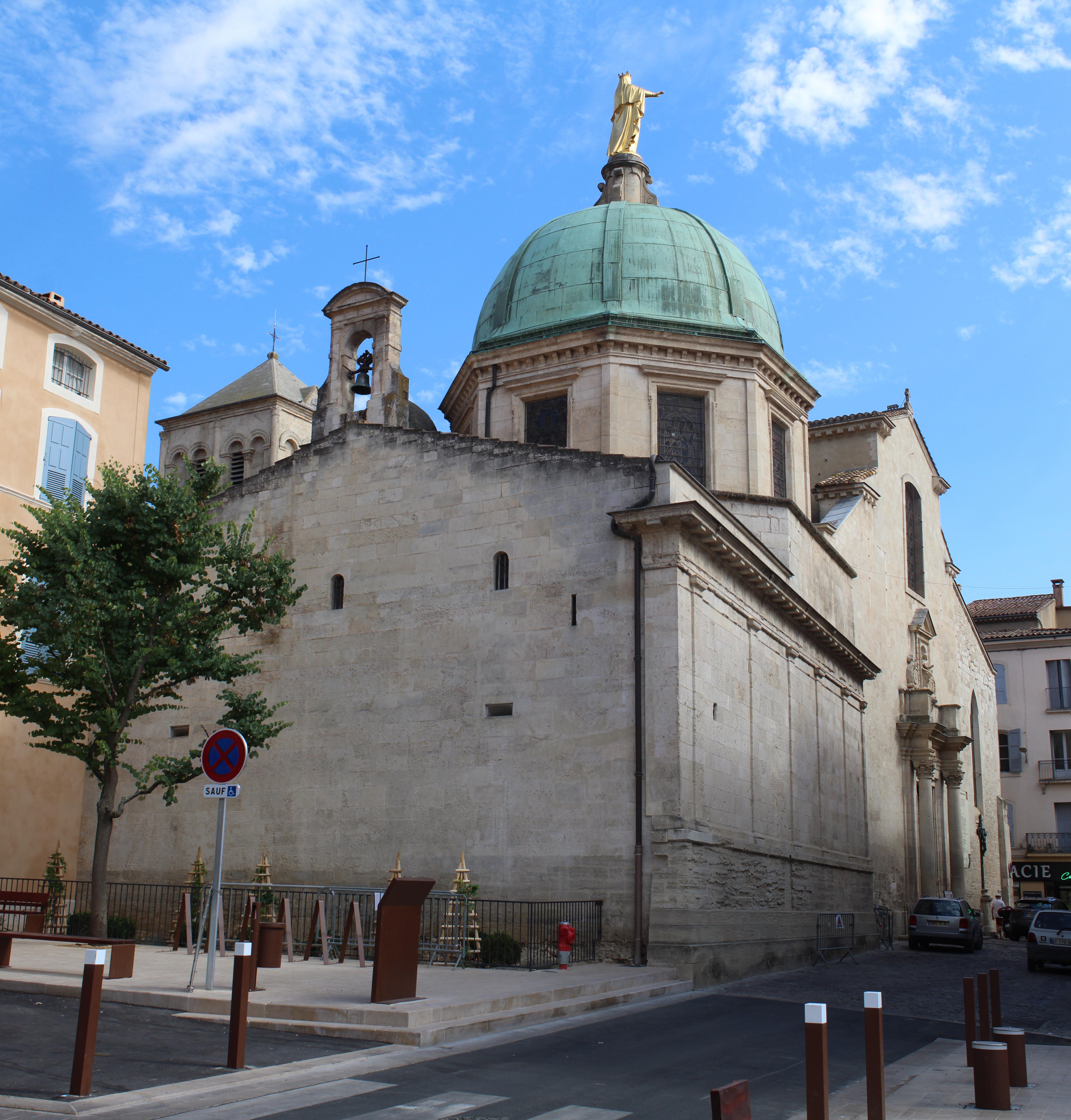 Pierres Et Tradition Apt cathédrale sainte-anne d'apt — wikipédia