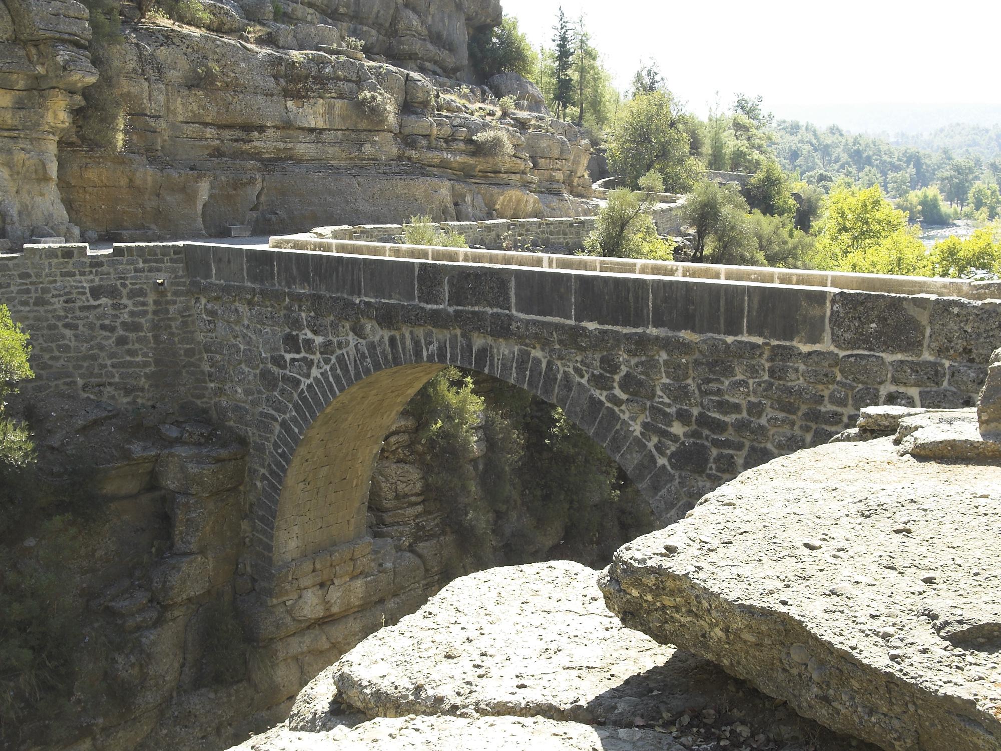 File:Eurymedon Bridge, Selge, Turkey. Pic 24.jpg ...