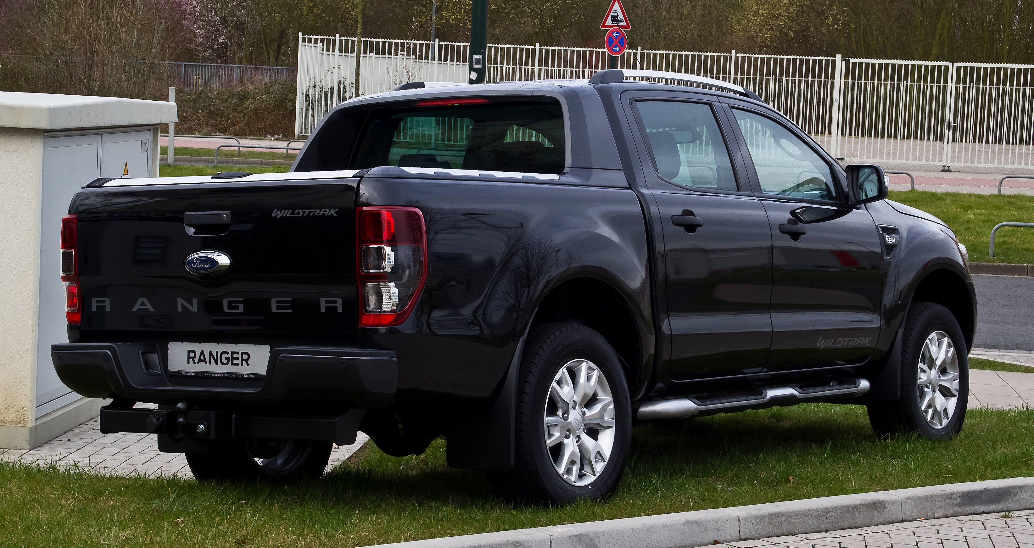 New Ford Ranger Wildtrak review | CarsGuide