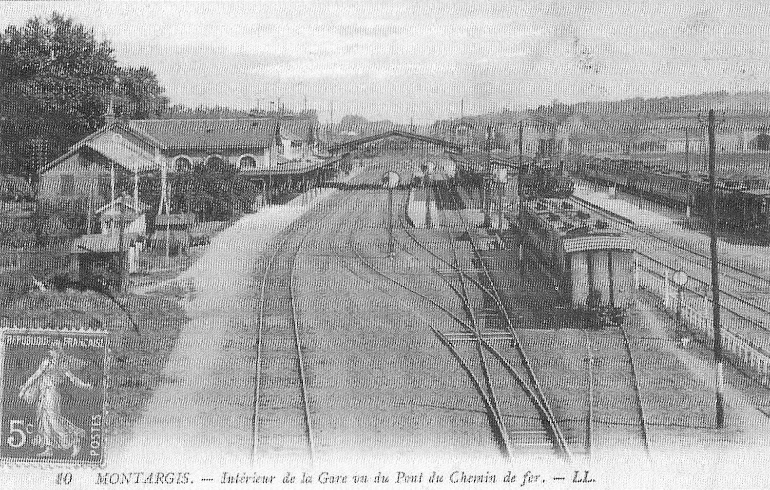 File:Gare-de-Montargis-Carte-Postale-3.jpg - Wikimedia Commons